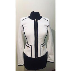 ✨CALVIN KLEIN white collarless blazer